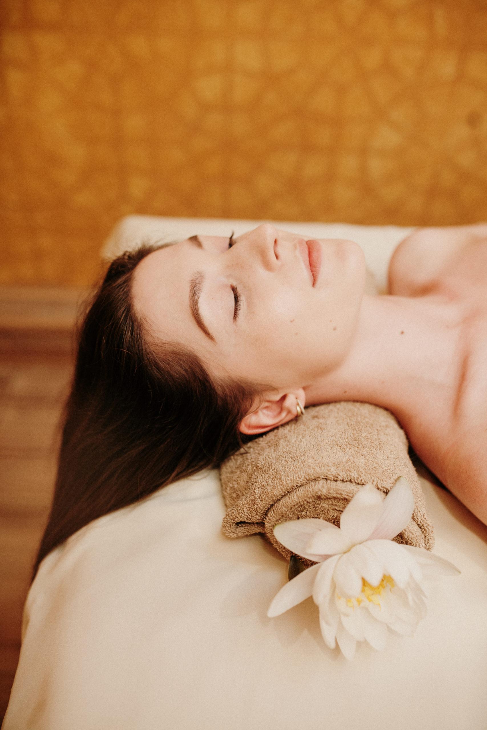 Viso kūno atpalaiduojantis masažas