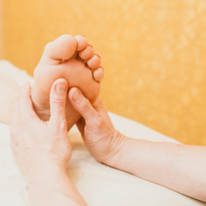 Kinų taškinis pėdų masažas